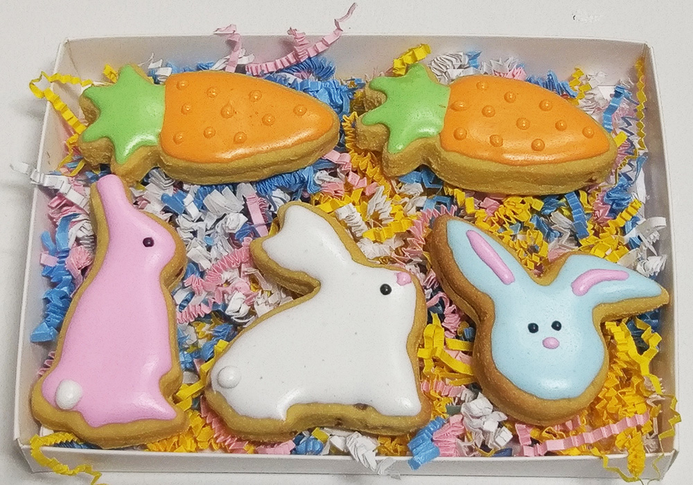 Spring-Gift-Box-Bunnies-and-Carrots